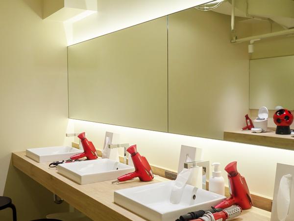 ランステ ランニングステーション 銭湯 着替え 東京 ASICS RUN TOKYO MARUNOUCHI | アシックスラン東京丸の内